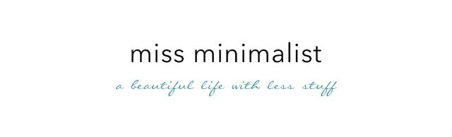 miss minimalist logo